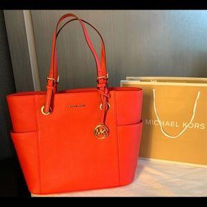 🏝298 Michael Kors Jet Set Purse Handbag MK Bag